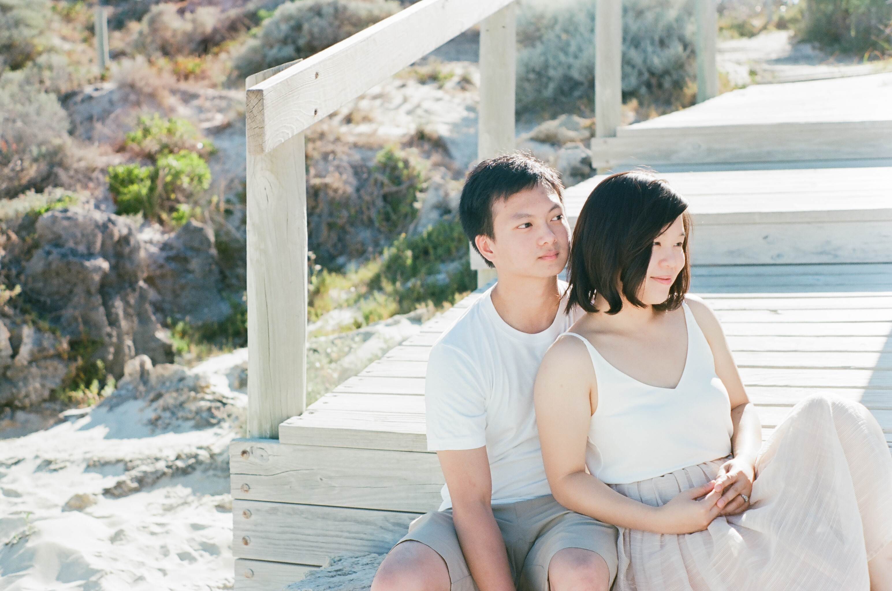Leighton Beach 35mm Film Engagement Portraits Jane & Danny 14
