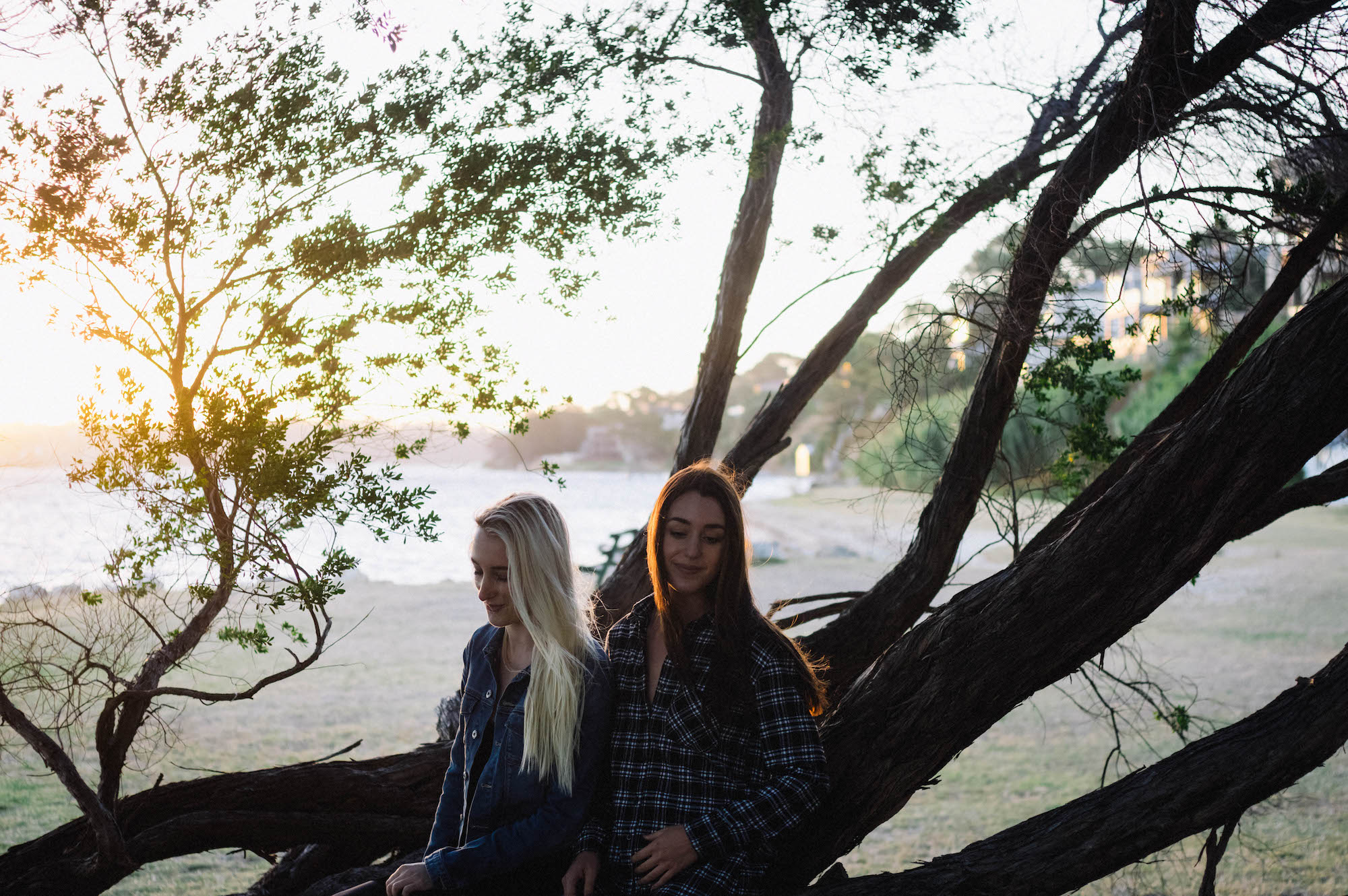 Swan River Family Portraits Mosman Park Photographer Sisters