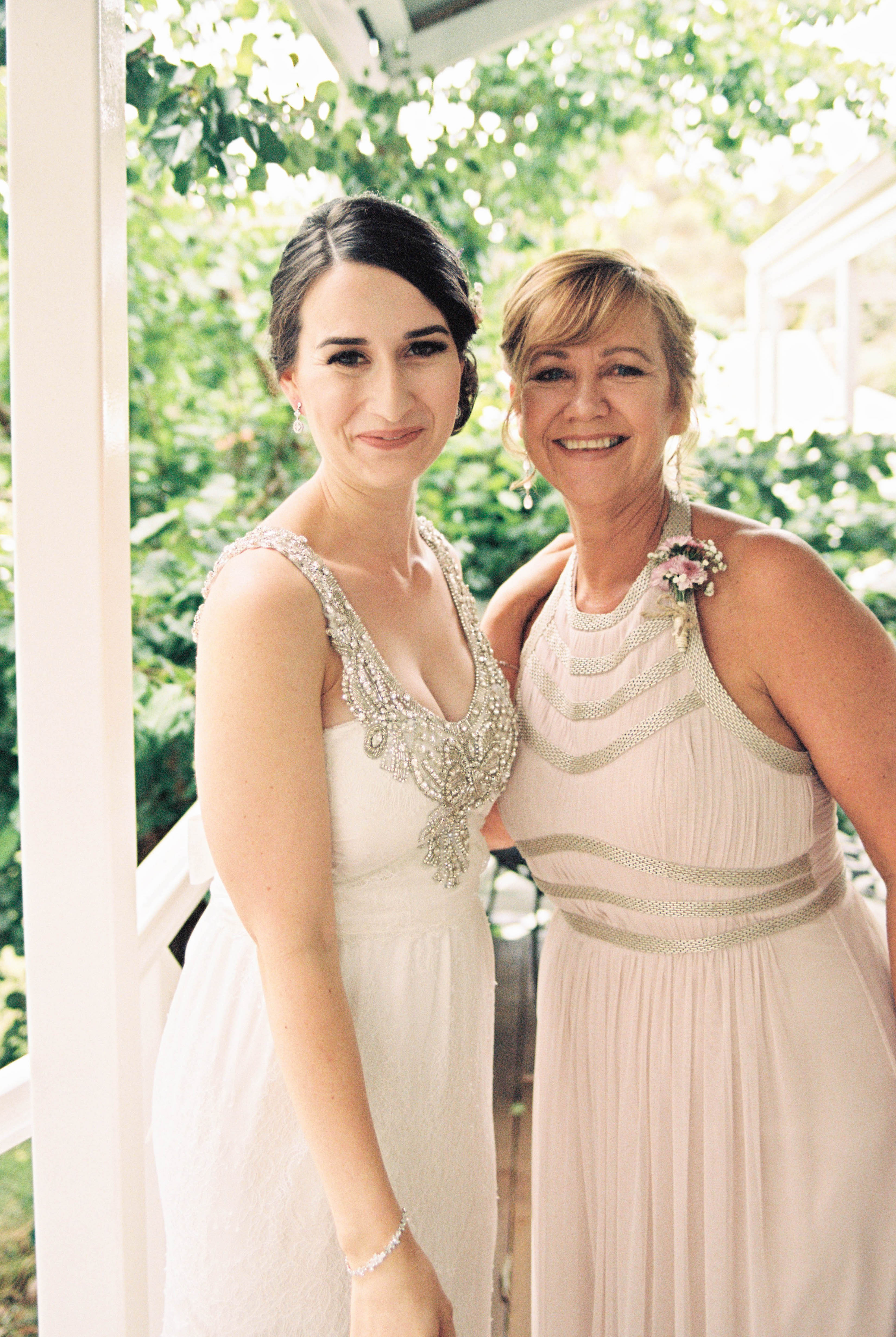 A portrait photo of the bride & her Mum the morning before her wedding in the South West taken by Rhianna May Wedding Photographer