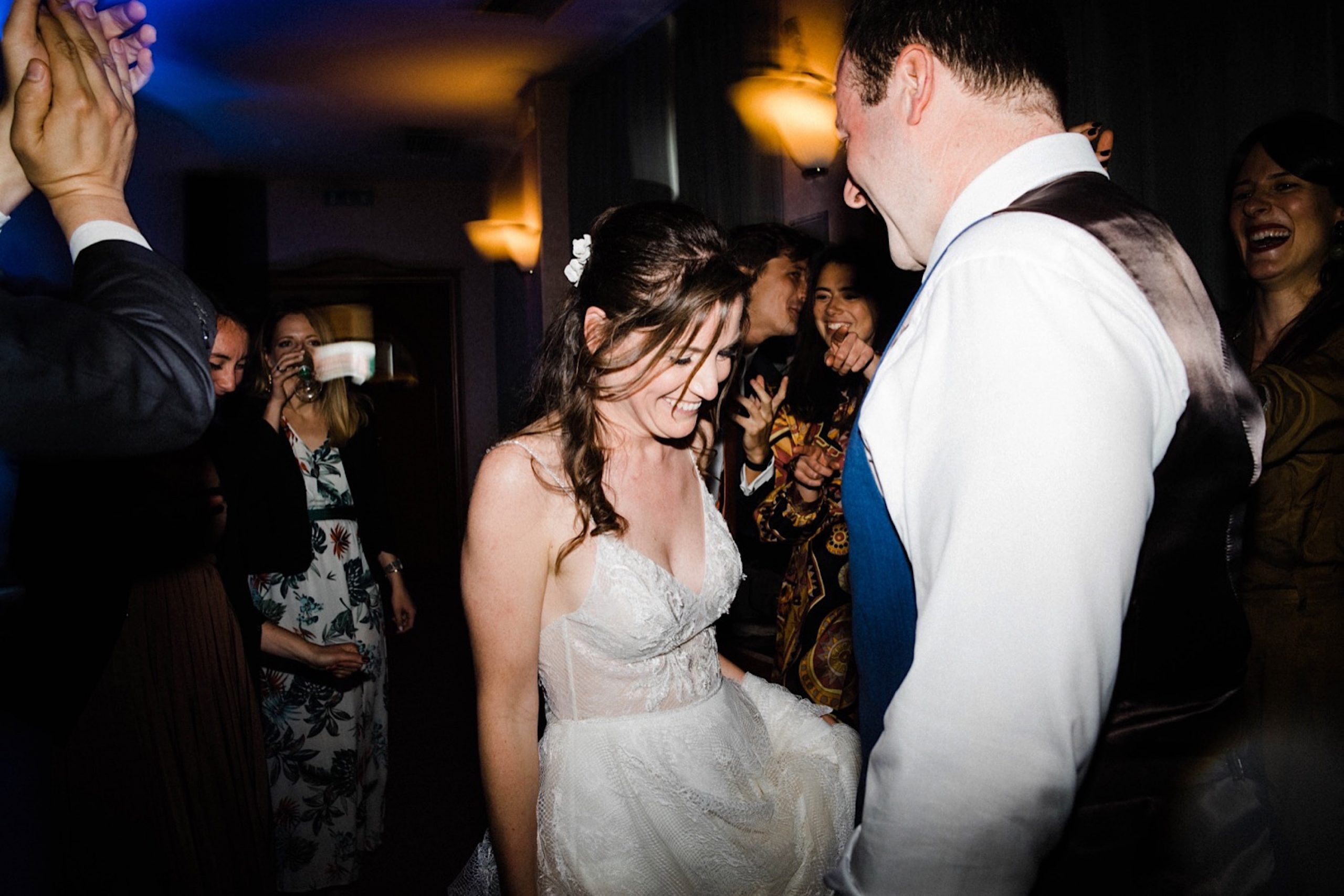 Candid Wedding Photography of the bride & groom dancing together at their Sestri Levante Wedding Reception.